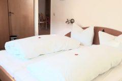 Wohnung 2 - Schlafzimmer 1
